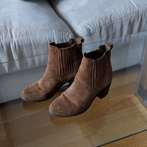 Gently Worn Sam Edelman Brown Suede Boots Sz 6.5